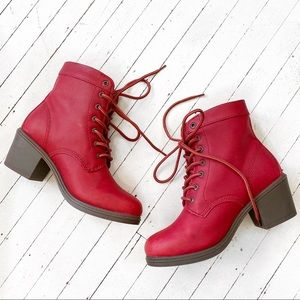 KODIAK red leather Claire waterproof lace up boot.